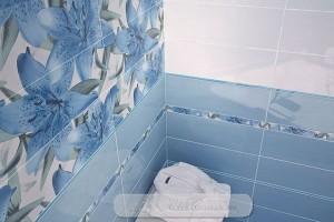 Интерьер в синей плитке